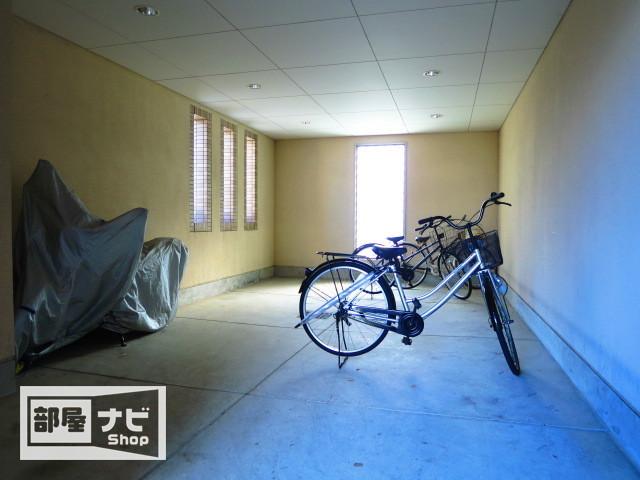 自転車の 高松 自転車置き場 : ... 高松市西宝町1丁目17-2 部屋ナビ